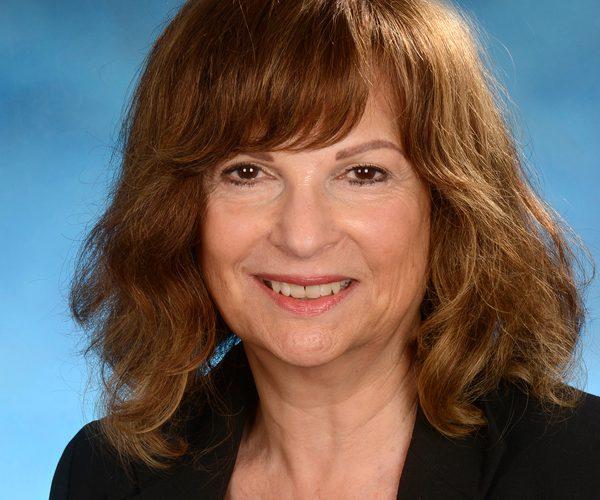 Meet Larraine Bernstein