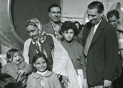 A Jewish family immigrating